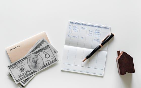 Rol que desempeñan los mercados financieros